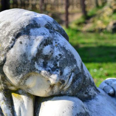 Femme endormie, sculpture en marbre de Georges chauvel, 1936 © Musée du château de Dourdan